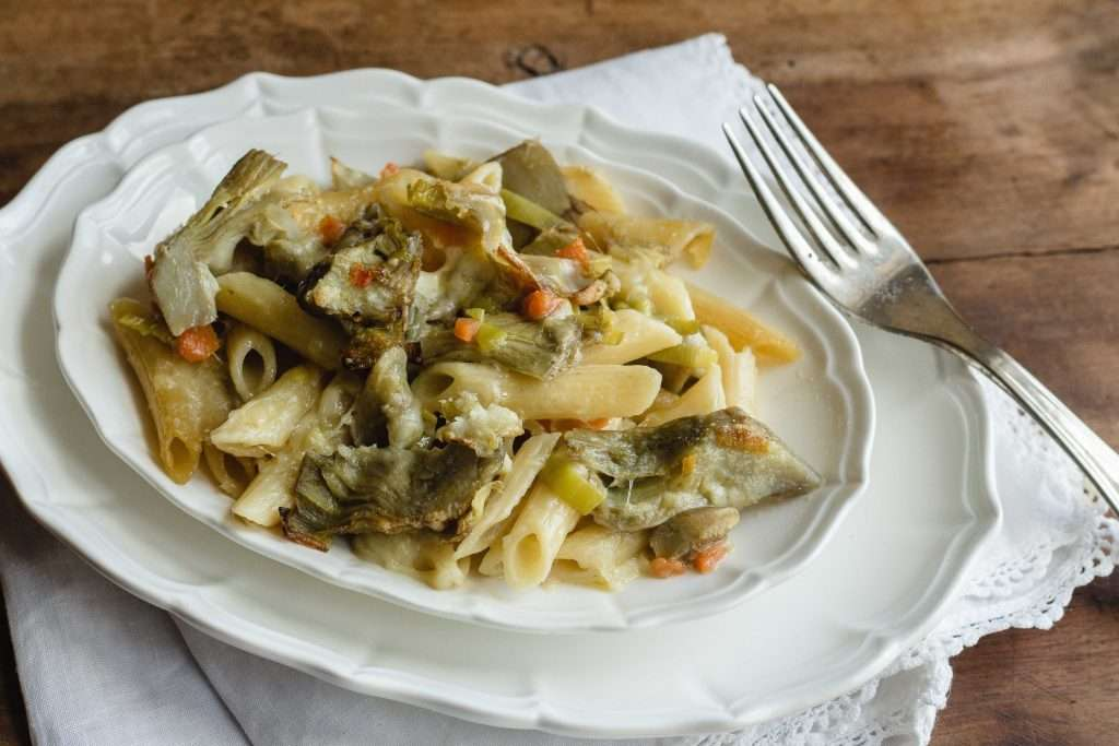 la ricetta della pasta al forno con carciofi